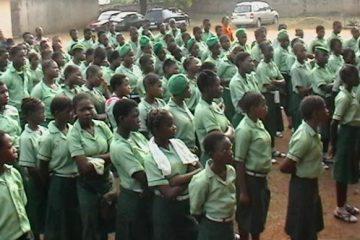 60 pupils bag Shell's special secondary school scholarship